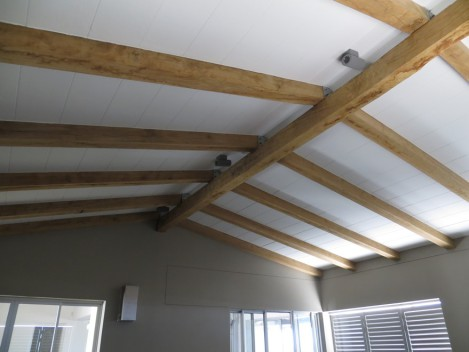 Exposed Trusses Amp Ceilings Thatch Roofing Cape Town