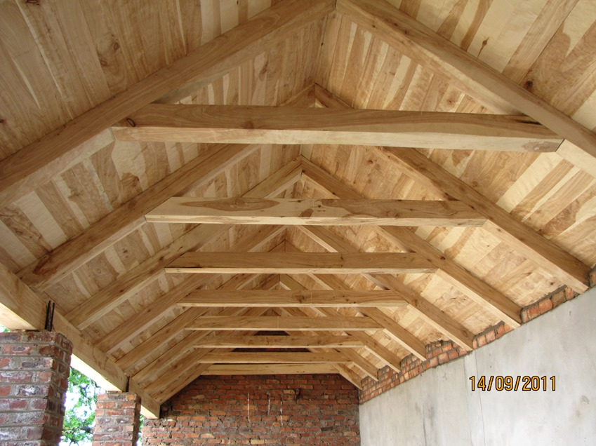 Custom built roof trusses archives thatchscapes for Custom roof trusses